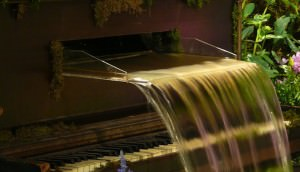 Repurposed-piano-fountain