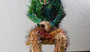 mother-pencil-sculpture-581x800