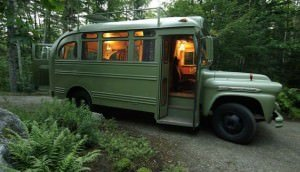 Funky-60s-Vibe-Bus-by-Winkelman-Architecture-1