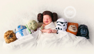 geeky-newborn-baby-photography-33__880