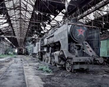 Abandonned-Soviet-Buildings-by-Rebecca-Litchfield6