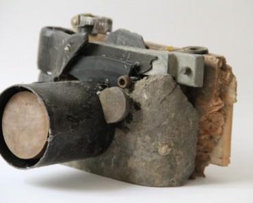 sculpture-appareil-photo-debrisl-01-1280x824