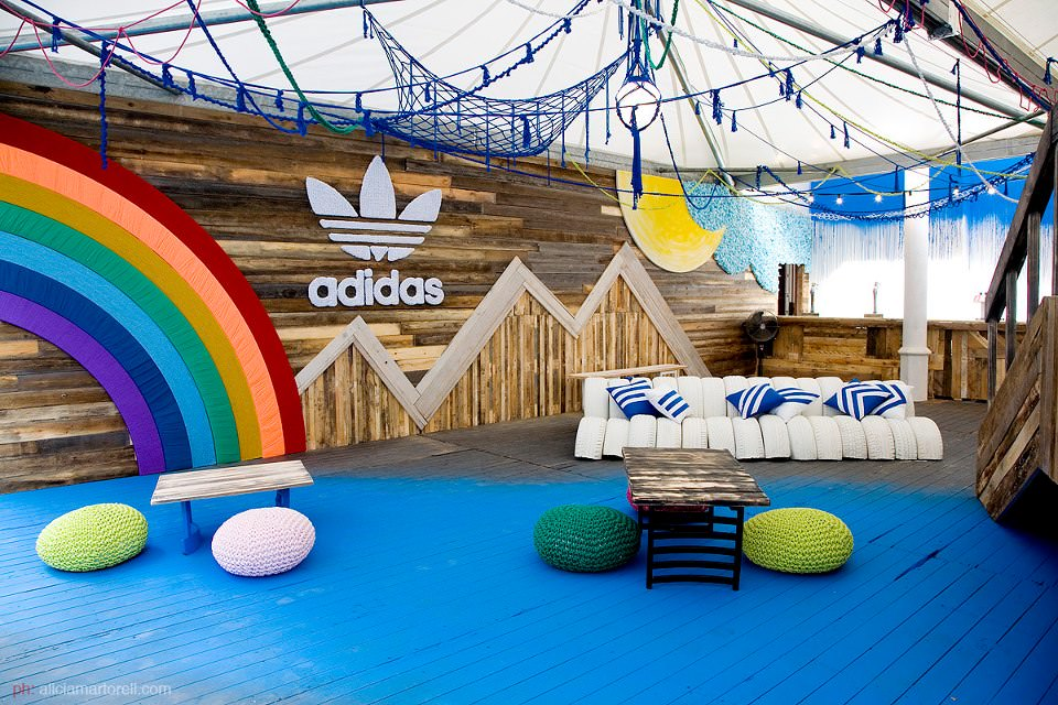 Adidas Pop Up Store Made Of Repurposed Materials Gift