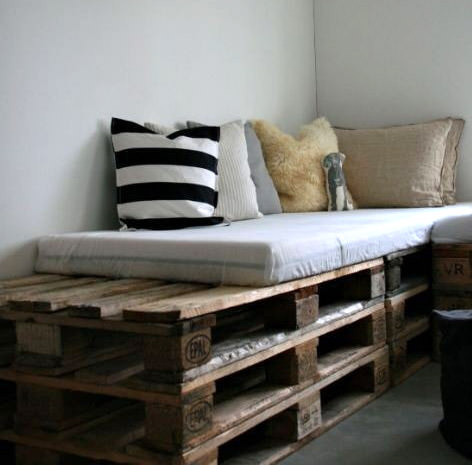 15 Beautiful Wood Pallet Bed Frames Gift Ideas Creative Spotting