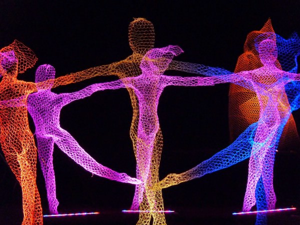 Wire Mesh Sculptures by Cedric Verdure Art + Graphics