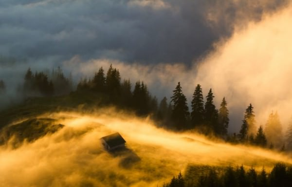 Spectacular Shots of Golden Hour Across the World Photography
