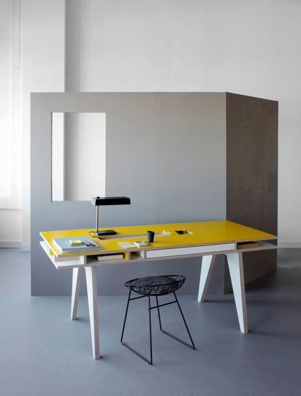 Insekt Desk Design