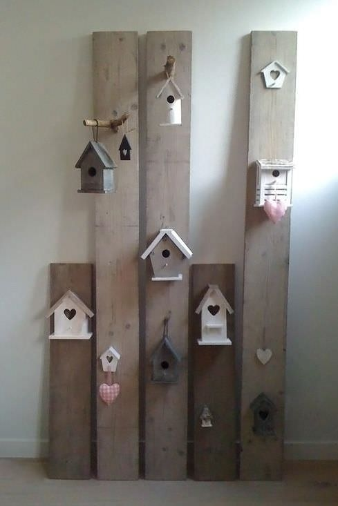 Diy creative decor with upcycled pallet wood birdhouses gift ideas creative spotting for Deco chambre bois de rose