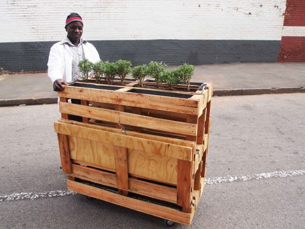 Recycled Pallets Into Mobile Bench Sustainability