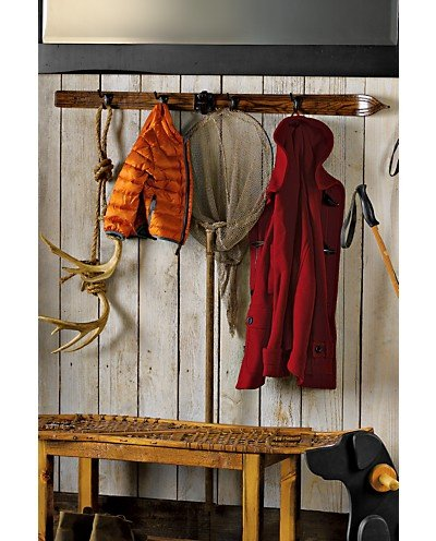 Old Skis Repurposed Into Coat Hanger Gift Ideas Creative Spotting New Old Ski Coat Rack