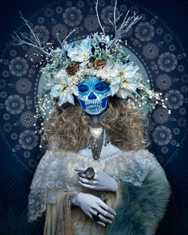 Las Muertas The Portraits of Tim Tadder Art + Graphics