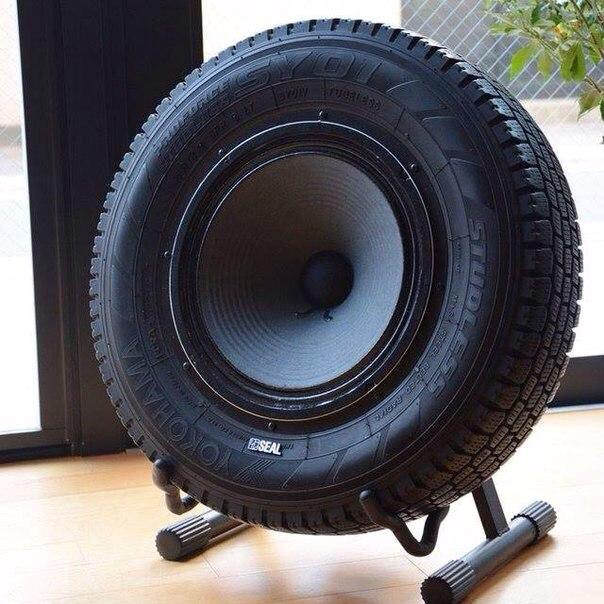 Sub-woofer Speaker Made Out Of An Upcycled Tire | Gift Ideas
