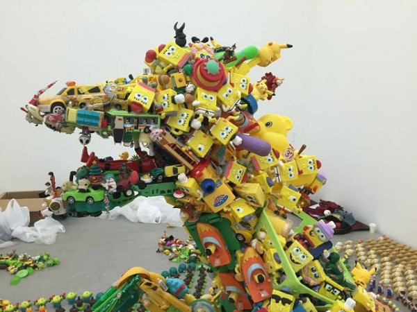 Discarded Plastic Toys Installation by Artist Hiroshi Fuji Art + Graphics Sustainability