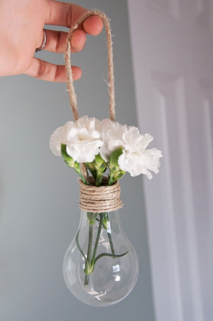 Nice Hanging Light Bulb Vase Decorations DIY + Crafts