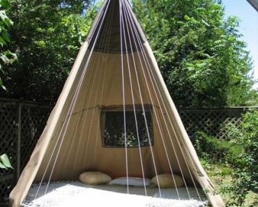 Repurposed Trampoline in Teepee