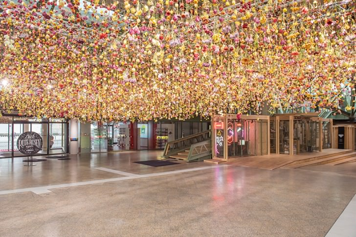 She Create a  Suspended Garden with 30,000 Live Flowers Art + Graphics