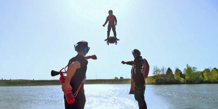 Amazing, This Man Can Fly with New Flyboard Air! Geek Universe