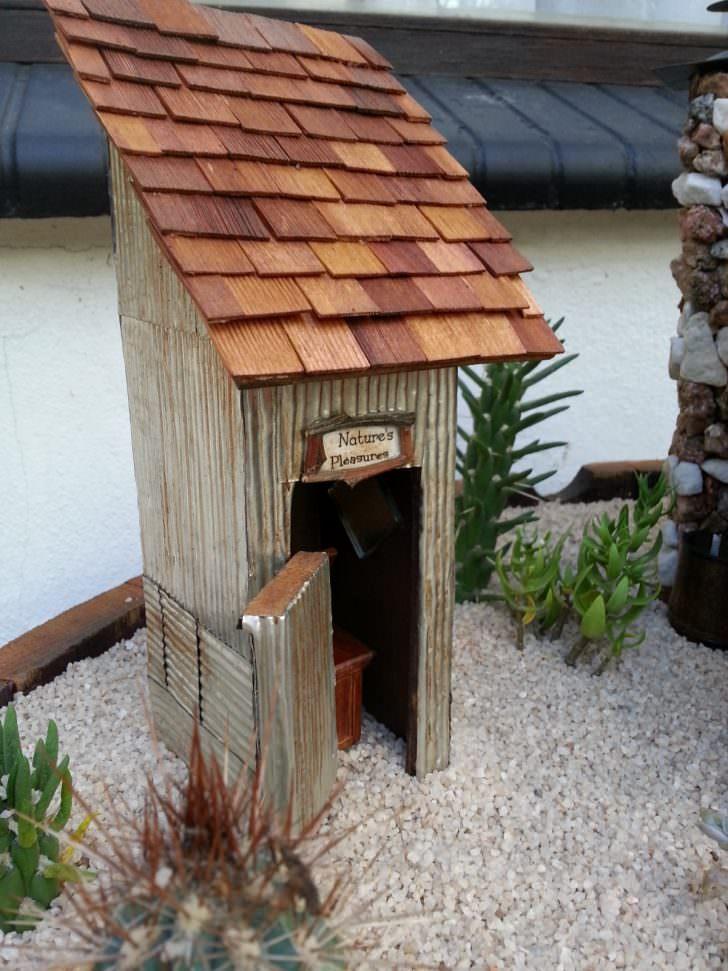 Make a Desert Fairy Garden DIY + Crafts