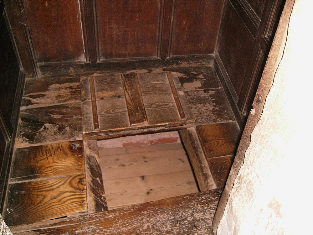 Priest Holes: Secret Chambers That Hid Mediaeval Priests Photography
