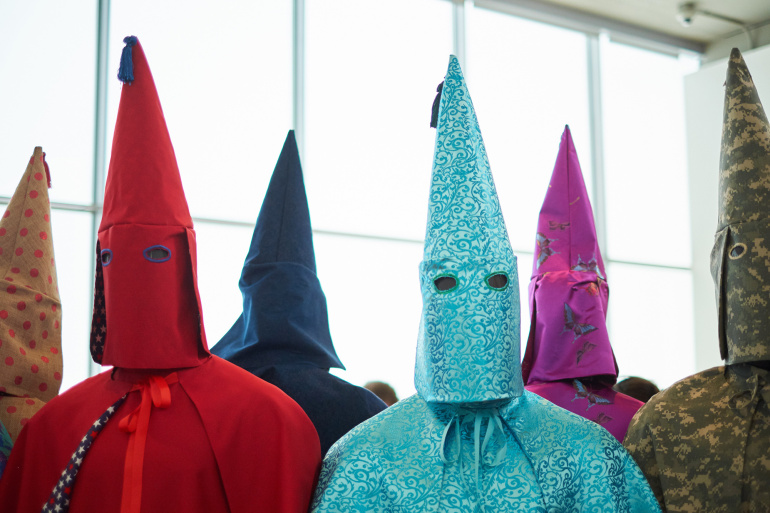 An Artist's Slavery Relics and Reimagined Kkk Robes Show Us Racism | Geek Universe