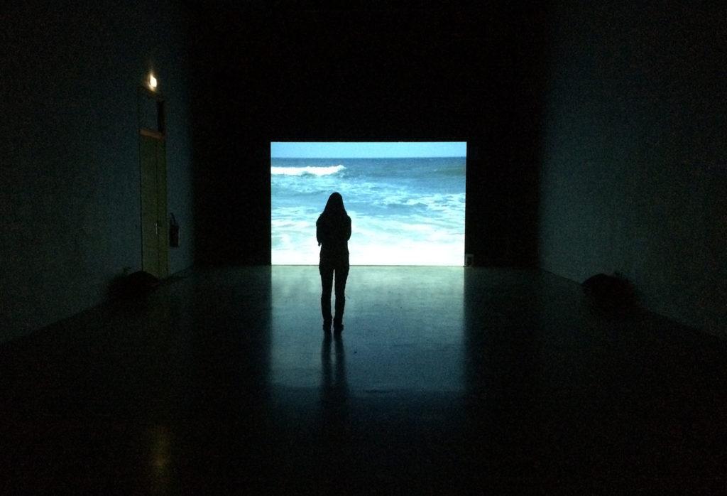 An Installation Interacting with Its Spectators – Fubiz Media Design
