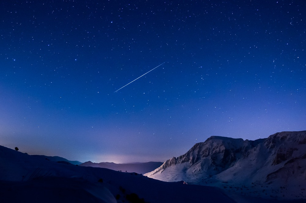 Meteor Burst Communication | Amusing Planet Photography