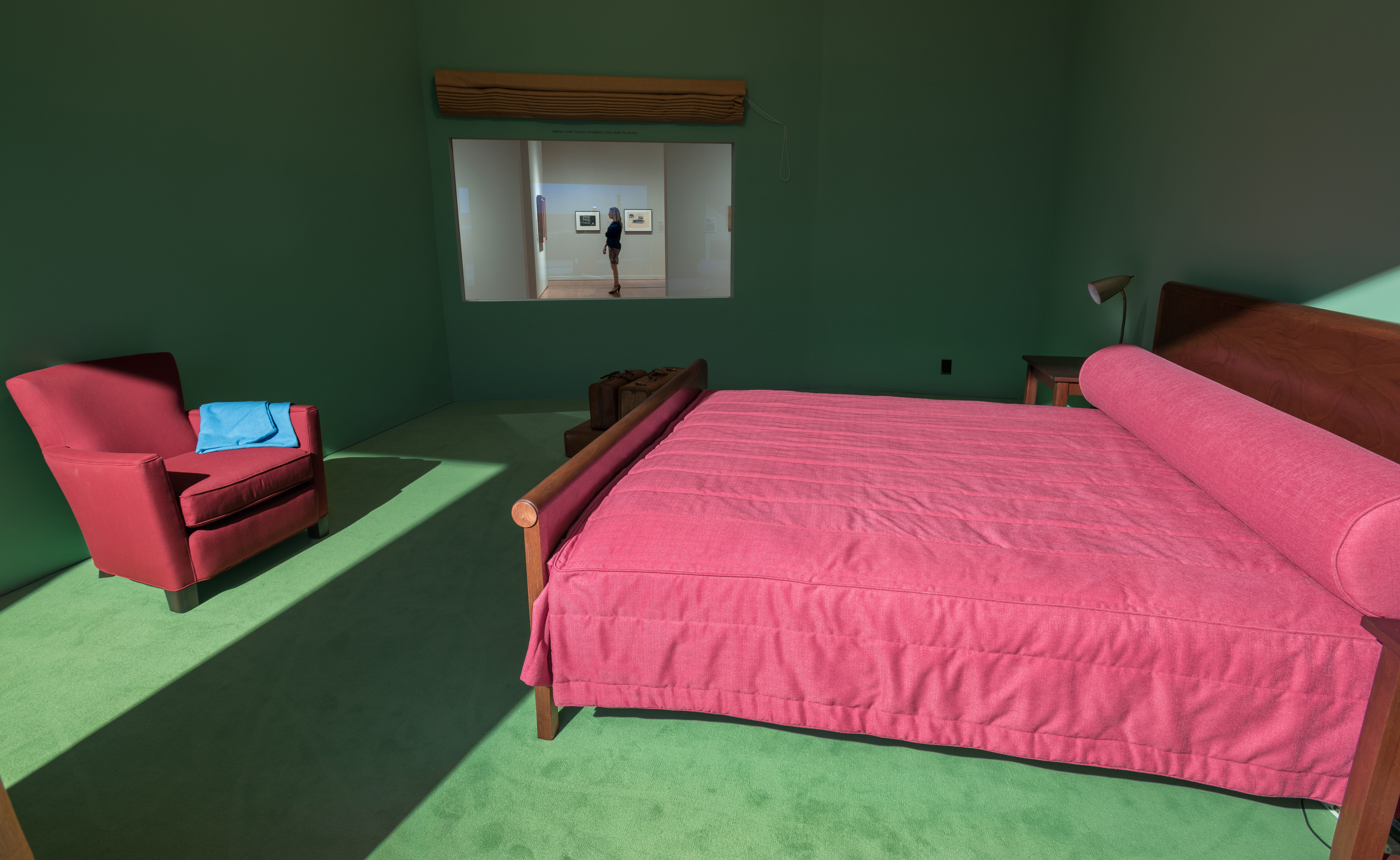 Edward Hopper's Western Motel Recreated in an Exhibition – Fubiz Media Design