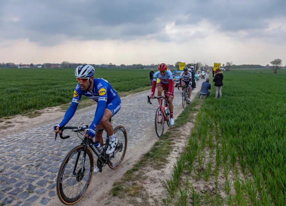 The Cobbled Hell of Trouée D'arenberg Photography