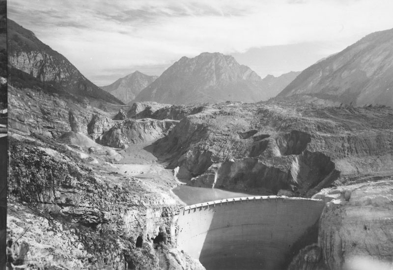 The Vajont Dam Disaster | Amusing Planet Photography