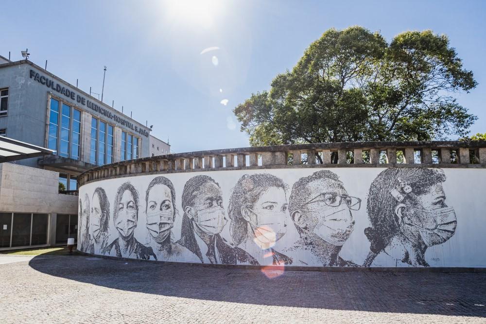 A Mural for Healthcare Workers in Porto – Fubiz Media Design