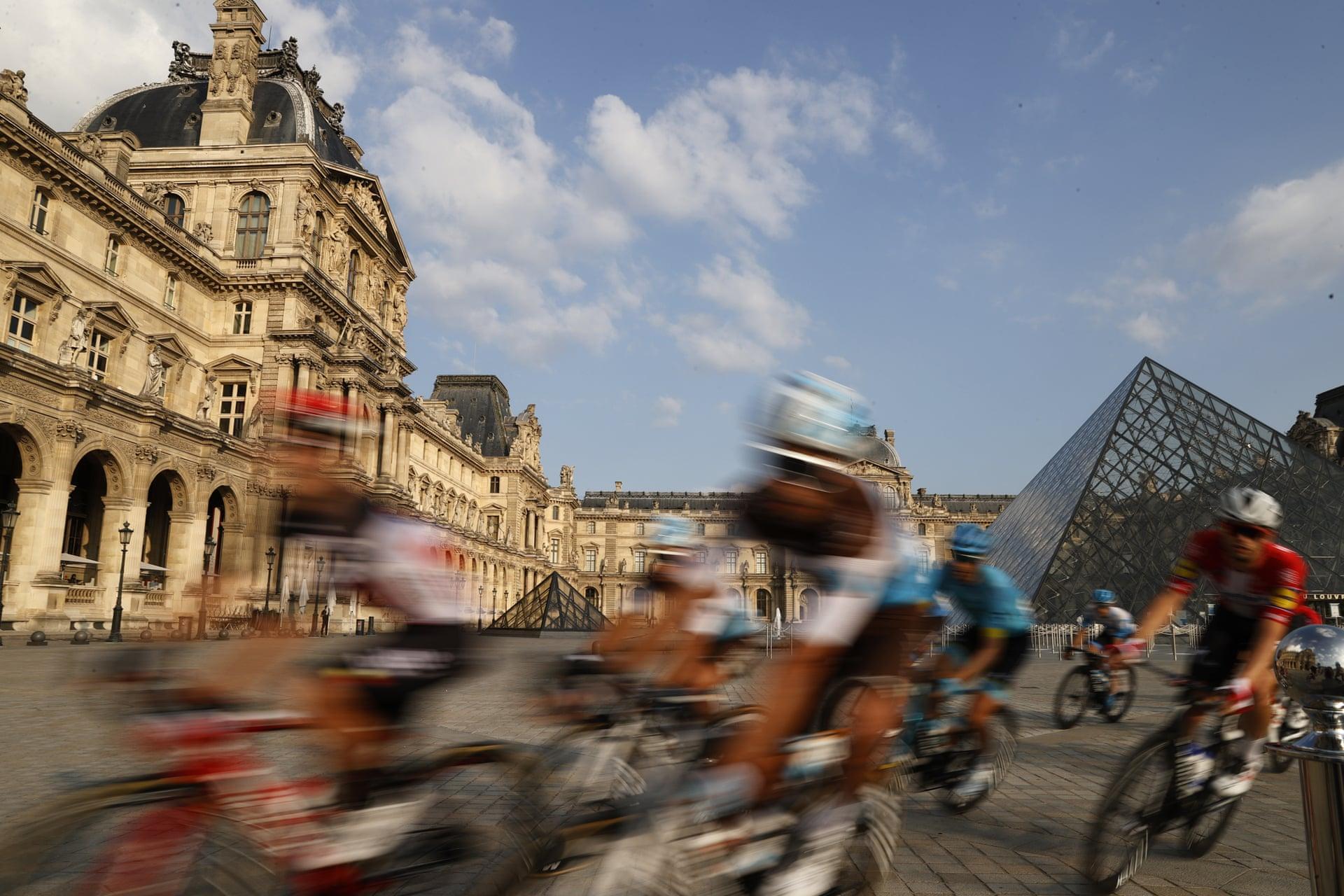 The Surreal Tour De France 2020 – Fubiz Media Design